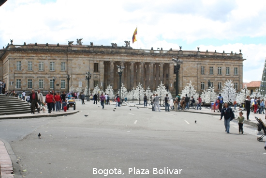 0701_bogota_plaza_bolivar.jpg