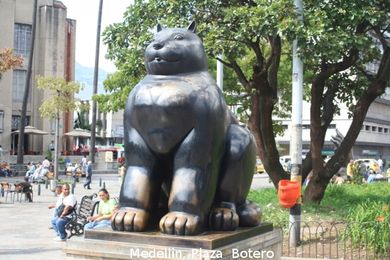 0941_medellin_plaza_botero.jpg