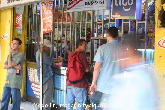 1003_medellin_plaza_cisneros.jpg